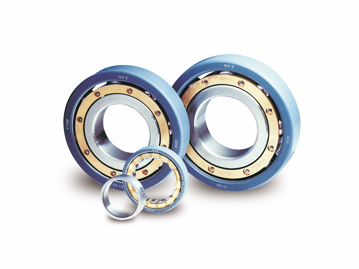 Electrically insulated rolling bearings of the SQ77 series from NKE in various sizes and designs